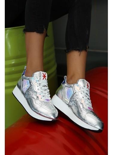 Baqmaq Sneakers Gümüş